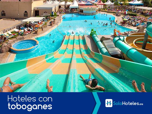 Hoteles con toboganes
